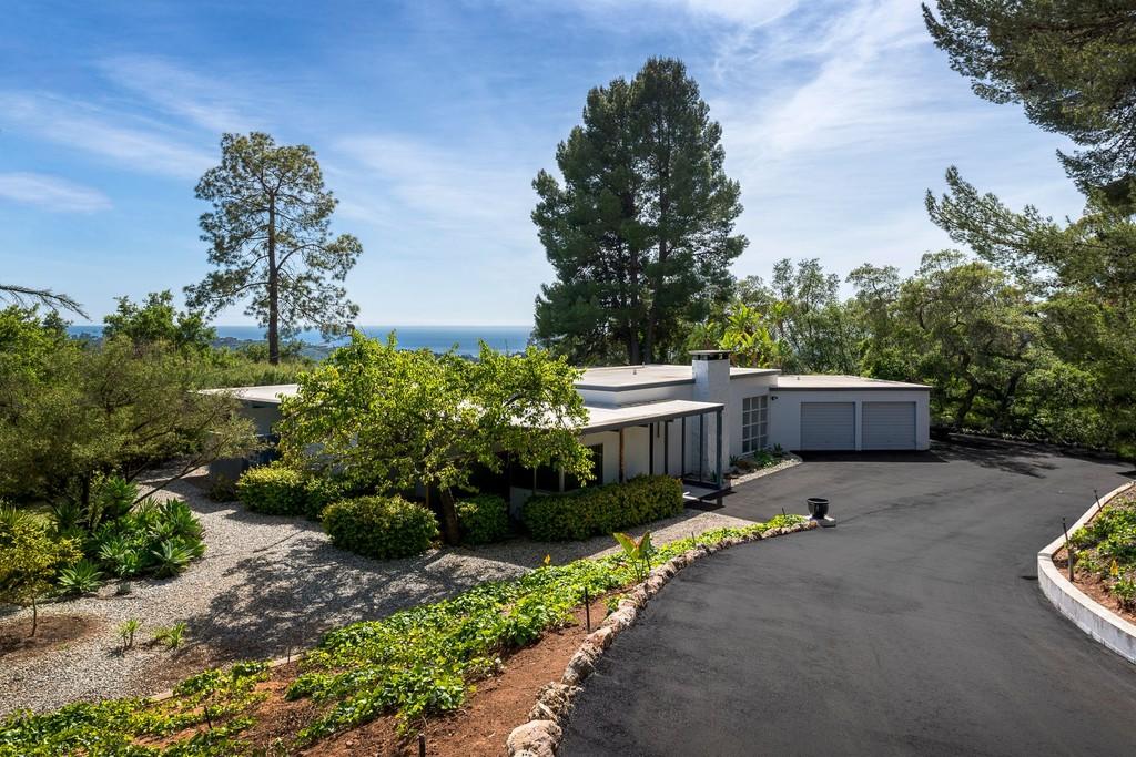 Admirable 909 Romero Canyon Road Santa Barbara California 93103 Single Home Interior And Landscaping Mentranervesignezvosmurscom