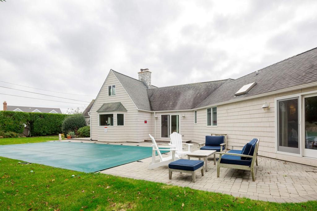 23 South Delphi Street Montauk New York 11954 Single Family Homes For Rent