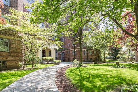 Apartment For Rent At Bright Renovated In The Heart Of Forest Hills Gardens