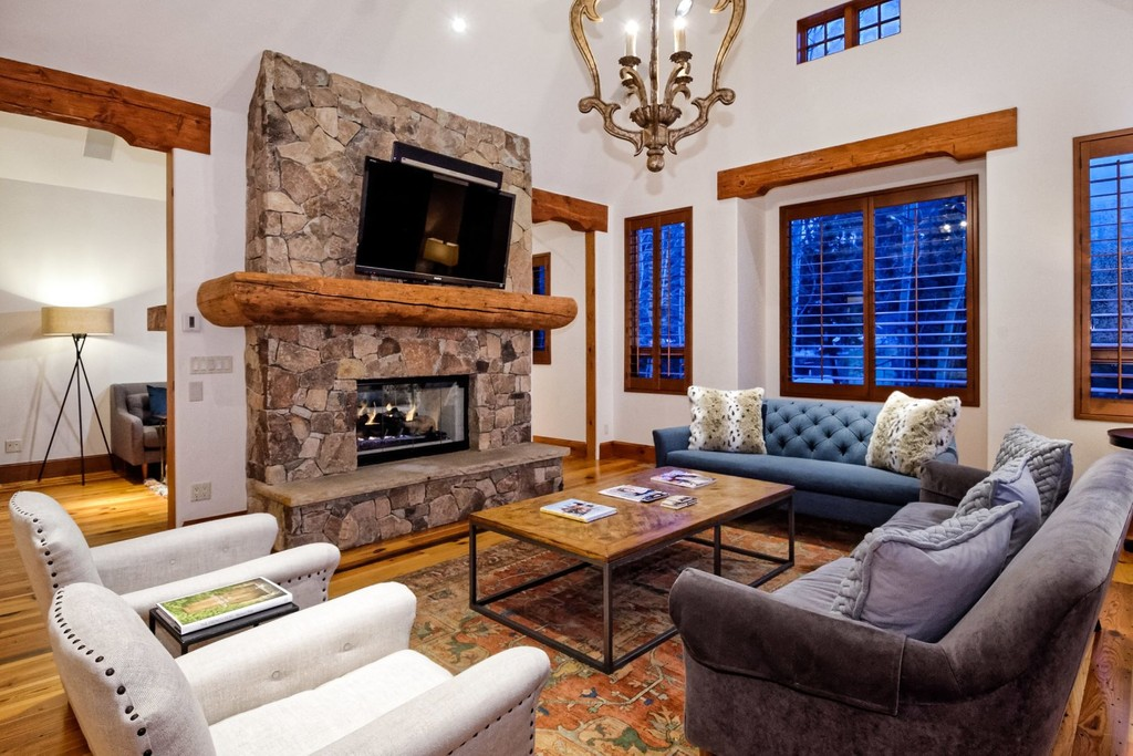 Awe Inspiring 930 W Francis Street Aspen Colorado 81611 Single Family Homes For Rent Download Free Architecture Designs Ferenbritishbridgeorg