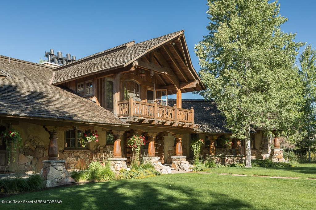 Wyoming Equestrian - Real Estate and Apartments for Sale