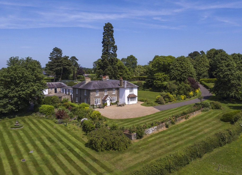 Sevenoaks - Real Estate and Apartments for Sale | Christie's