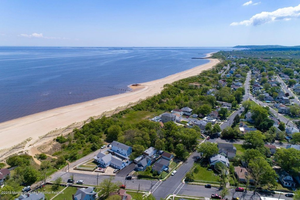 Keansburg Homes For Sale Heritage House Sotheby S International Realty