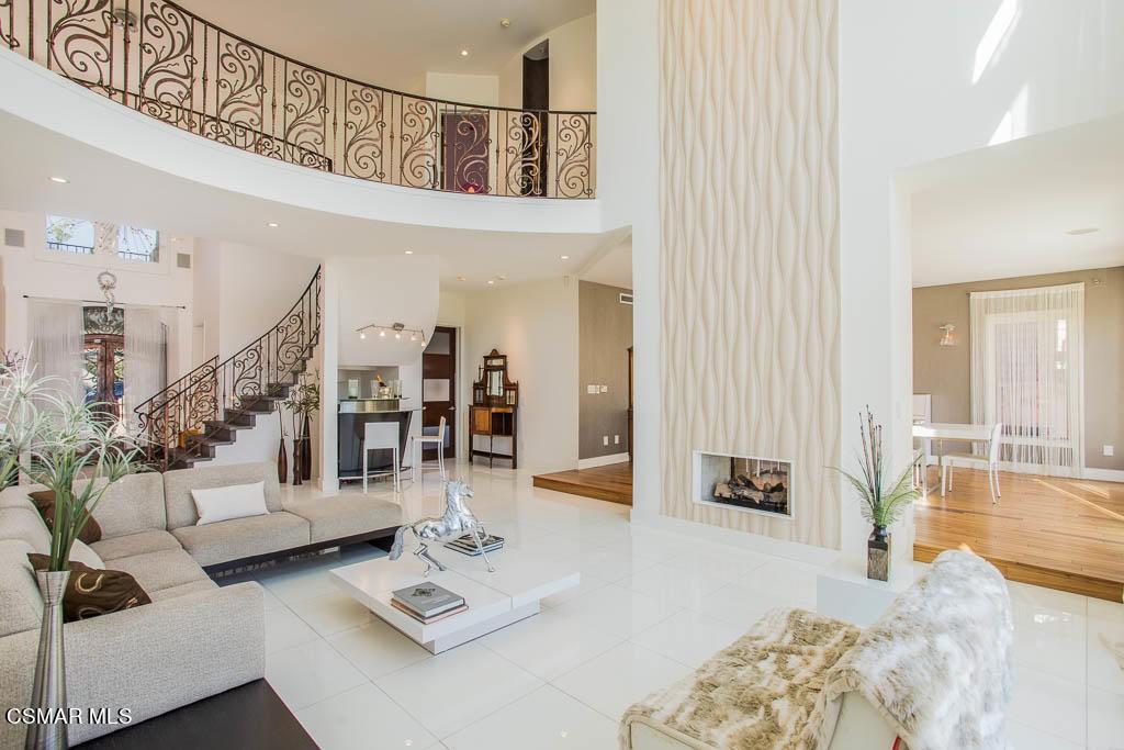 Пасифик оаэ продажа недвижимости купить дом на шри ланка цена