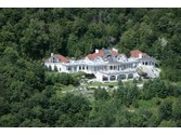 Estate for sales at Castle Above the Clouds  Stowe, ,05672 United States