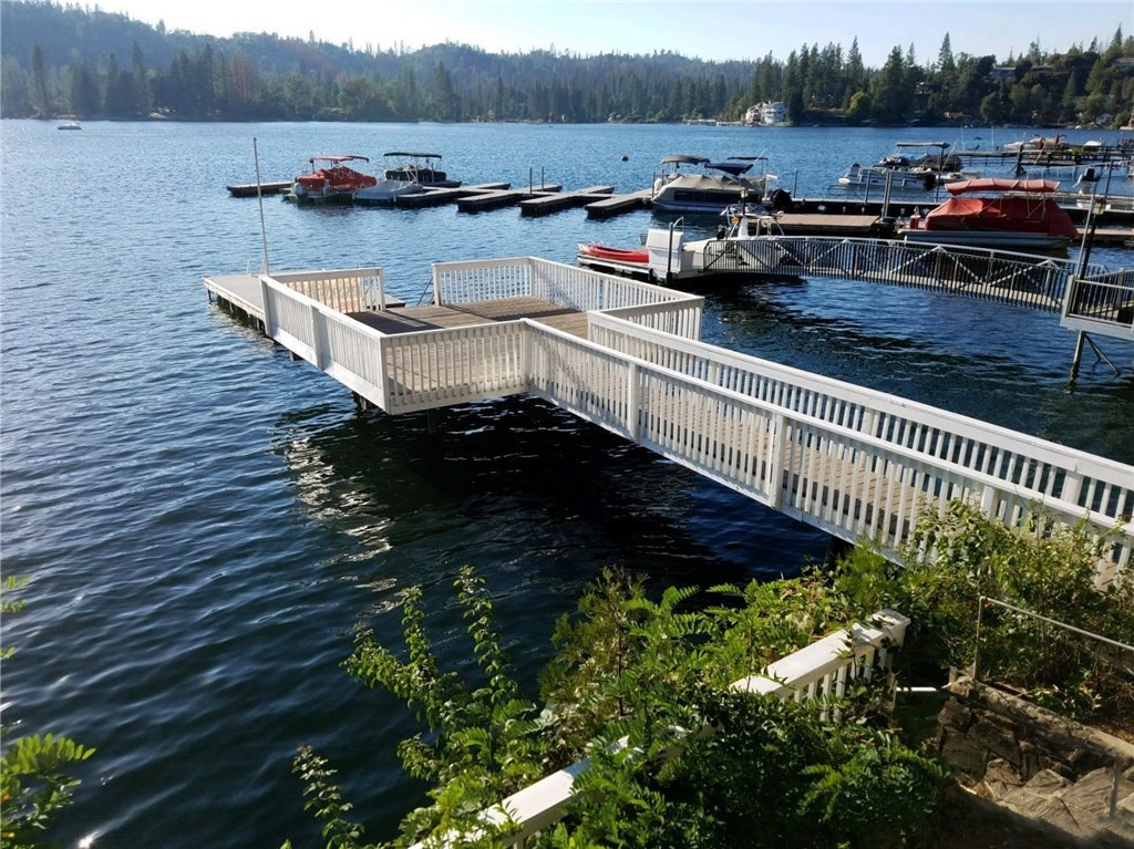 adorable 1940 s lakefront cabin a luxury single family home for sale in bass lake, california property id sr-18248260 christie s international real estate