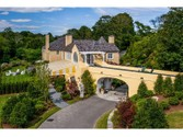 Estate for sales at Moorland Lodge  Newport,  02840 United States