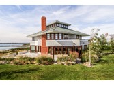 Short-Term for sales at 585 Ocean Avenue  Newport,  02840 United States