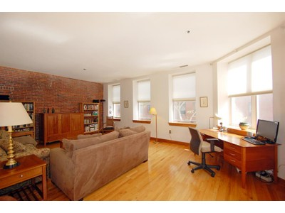 Co-op / Condo for sales at 100 Fulton Street #2j  Boston, Massachusetts 02109 United States