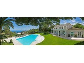 Villas / Townhouses for sales at CANNES France Cannes, PR 06400 France