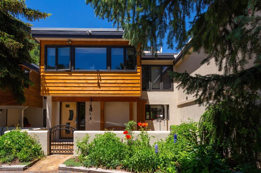 1501 Maroon Creek Road #8, a Luxury Home for Sale in Aspen, Colorado -  154938 | Christie's International Real Estate