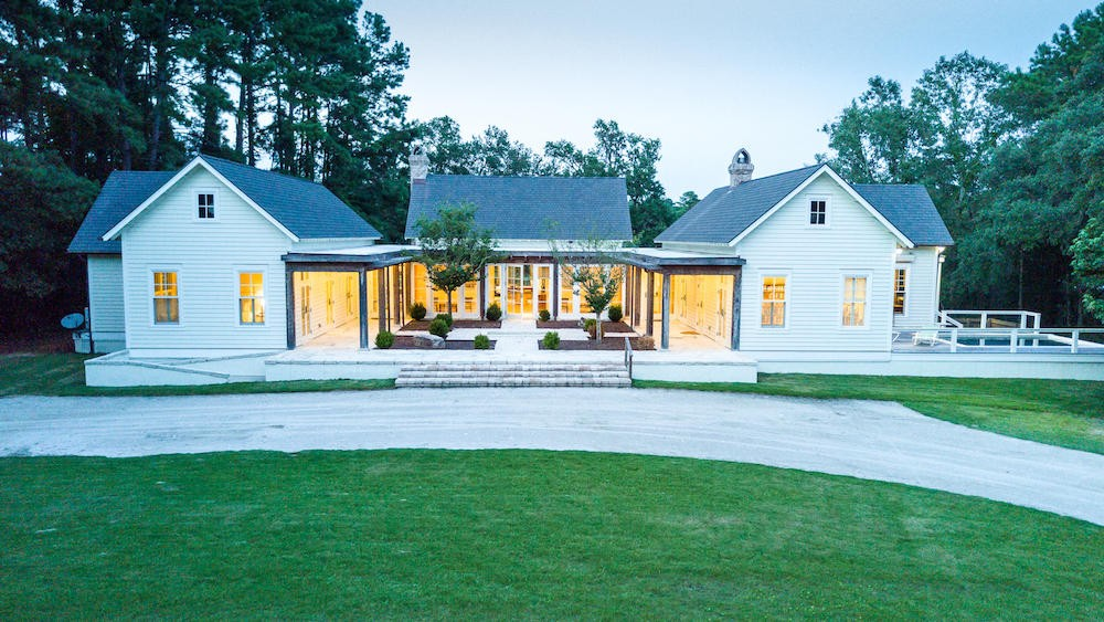 1952 long creek road a luxury single family home for sale in wadmalaw island, south carolina property id 17020255 christie s international real estate