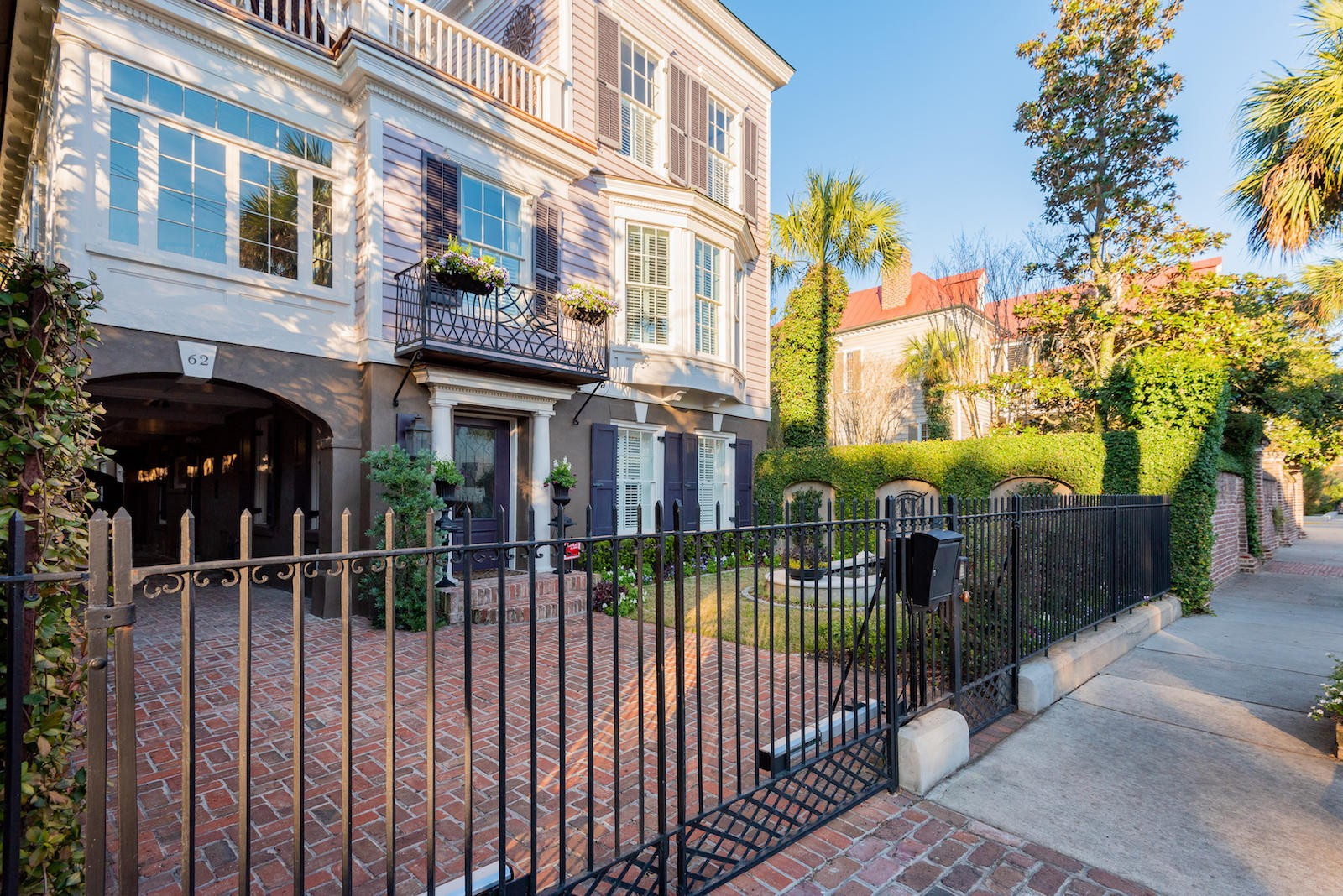 62 south battery street a luxury single family home for sale in charleston, south carolina property id 20002912 christie s international real estate