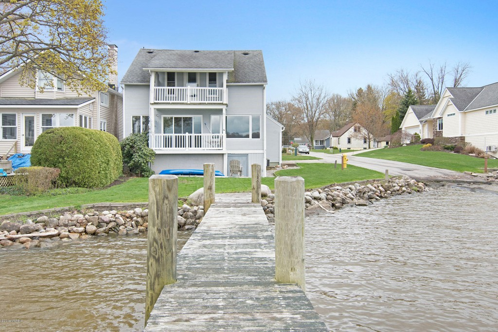 1234 Beach Holland Mi Home For Sale Beacon Sir