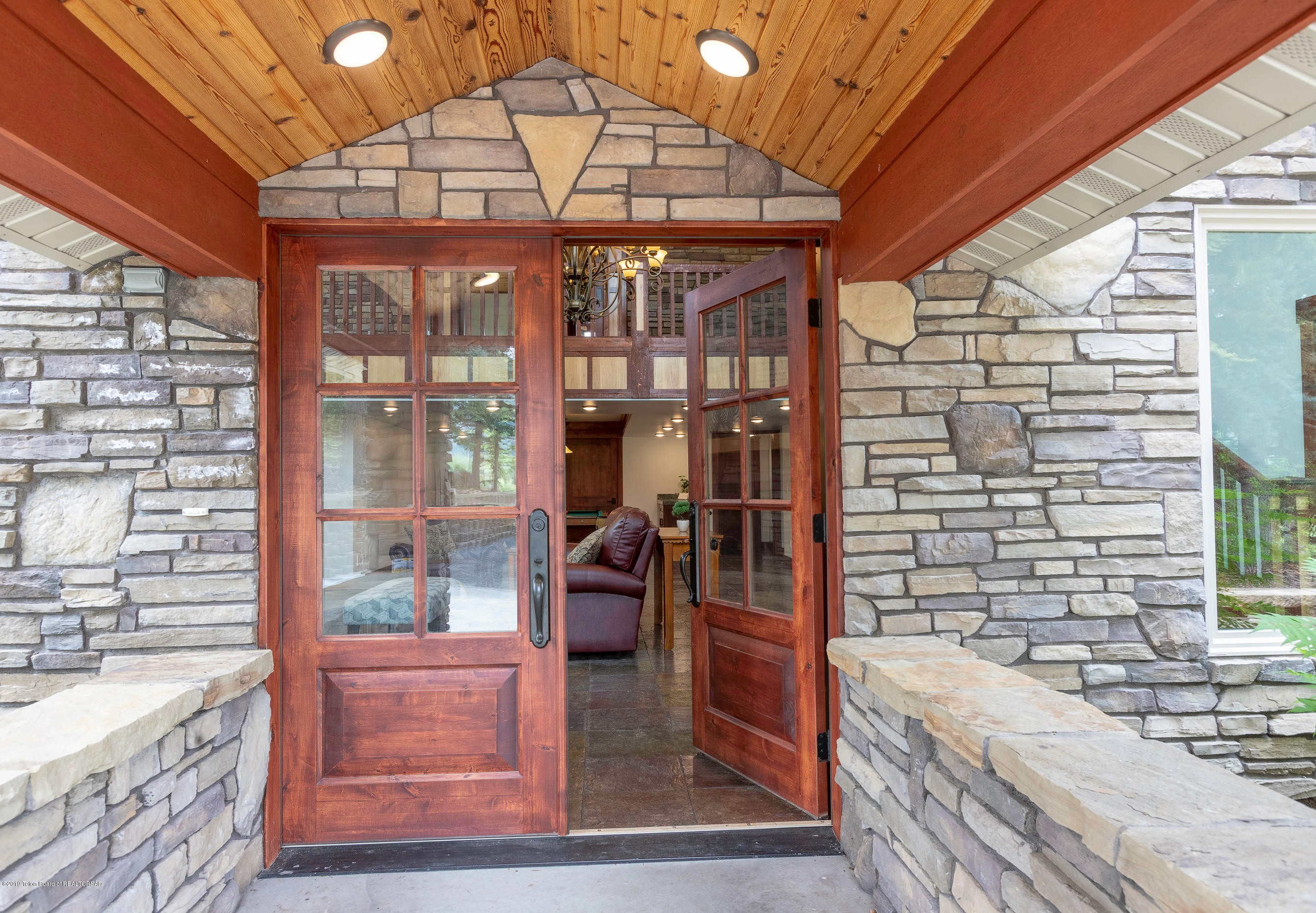 bedford, wy a luxury single family home for sale in bedford, wyoming property id 17-726 christie s international real estate