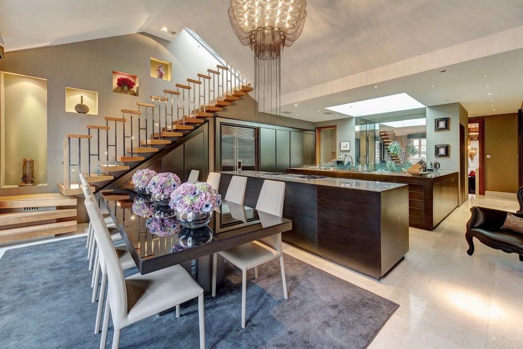 Homes For Sale: London, England, United Kingdom