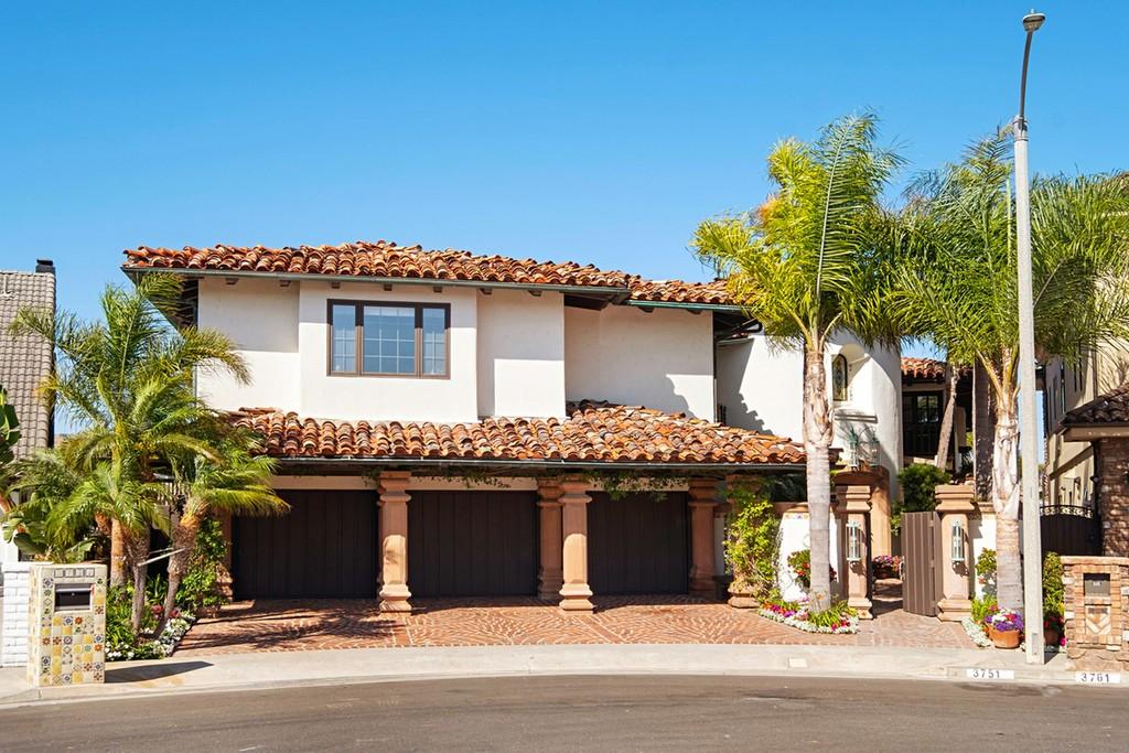 Homes For Sale: Huntington Beach, California, United States