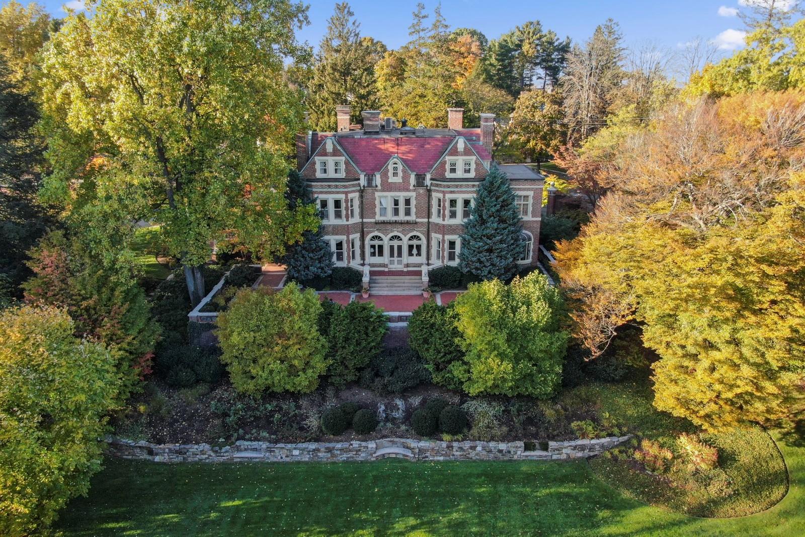 Single Family Home for Sale at 80 Seaver Street Brookline, Massachusetts 02445 United States
