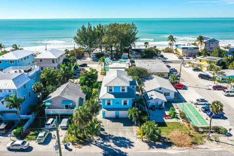 Homes For Sale: Bradenton Beach, Florida, United States