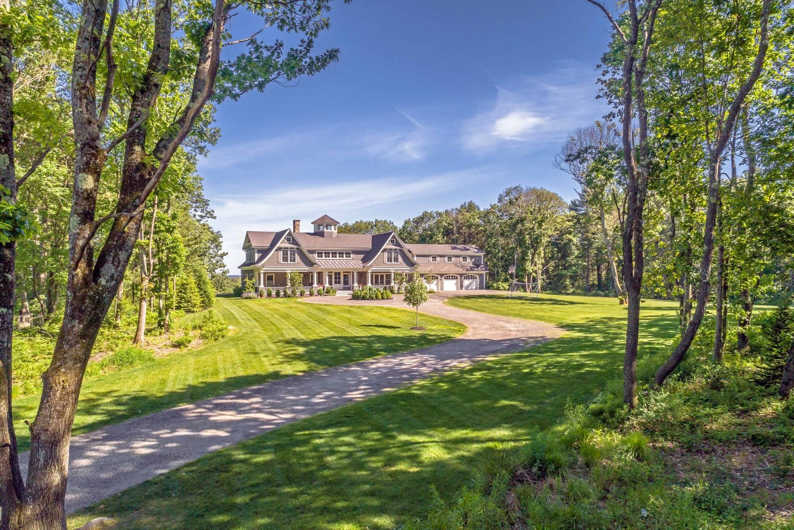 Single Family Homes for Sale at 5 Overlook Drive Cumberland, Maine 04110 United States