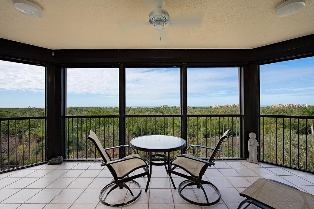 7425 Pelican Bay Boulevard , 504 Naples Florida 34108 Condominiums for Sale