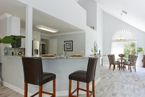 Kayla Montgomery Real Estate Associate in Vero Beach Florida