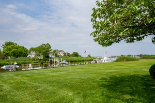 4 Blue Point Cv Oceanport, New Jersey, United States