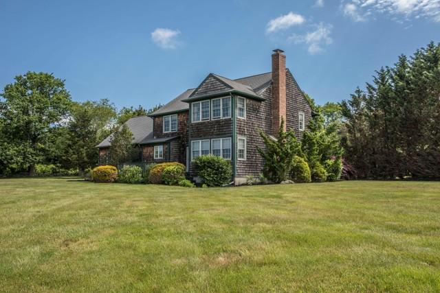 121 King Charles Drive Portsmouth Ri 02871 Single Family Home