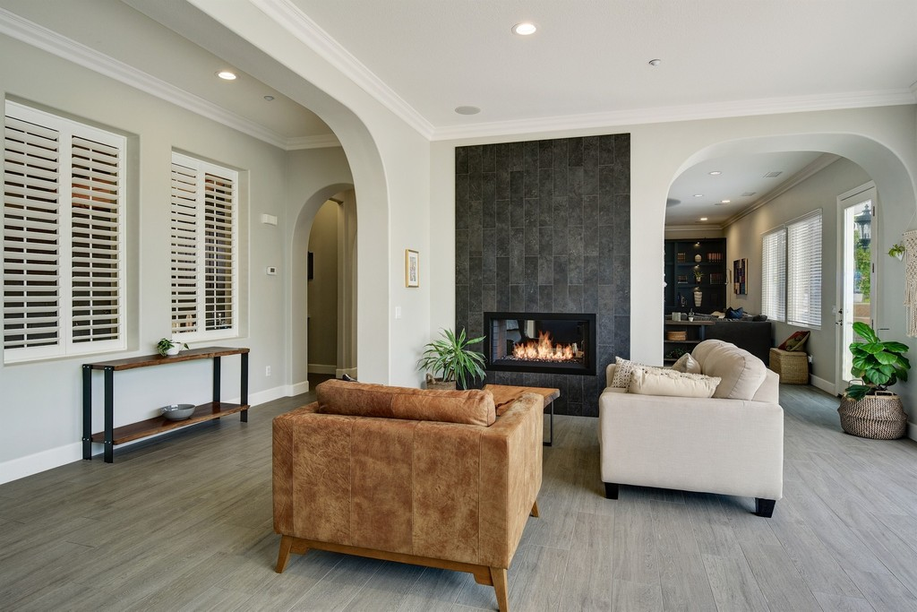 Vista Real Estate Listings - Vista Luxury Homes | Lenihan SIR
