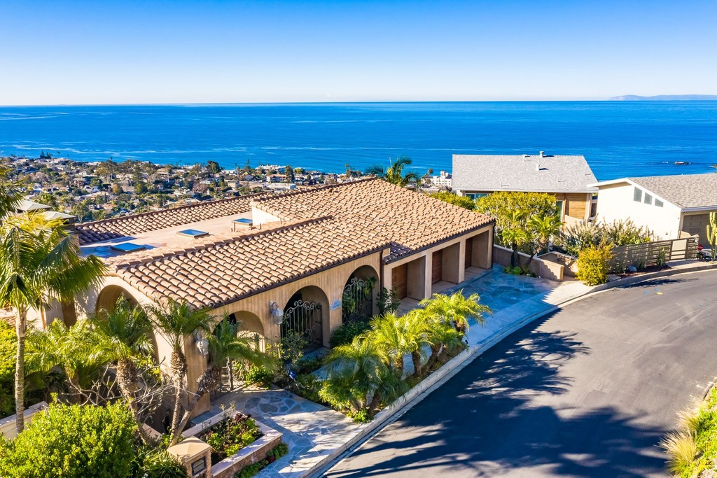 Homes For Sale: Laguna Beach, California, United States