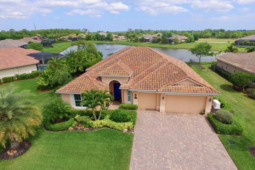 530 Stony Brook Farm Court | Vero Beach Florida Single Family Home for sale  Details