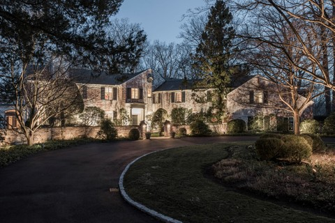 7a6ef7bf8985c3 Single Family Home for sale at New Canaan