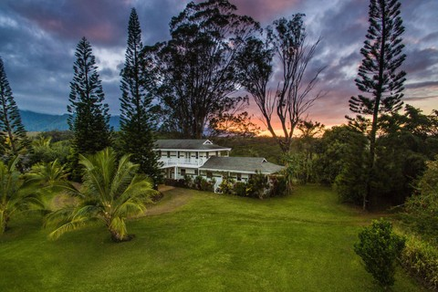 Single Family Home For At Kauai 5 Acre Multi Estate With Mountain