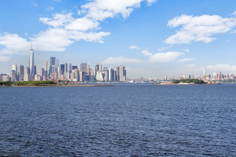 531e74788b2 Kat Mülkiyeti için Satış at Prestigious direct Hudson Riverfront home with  direct NYC views 103 Shearwater