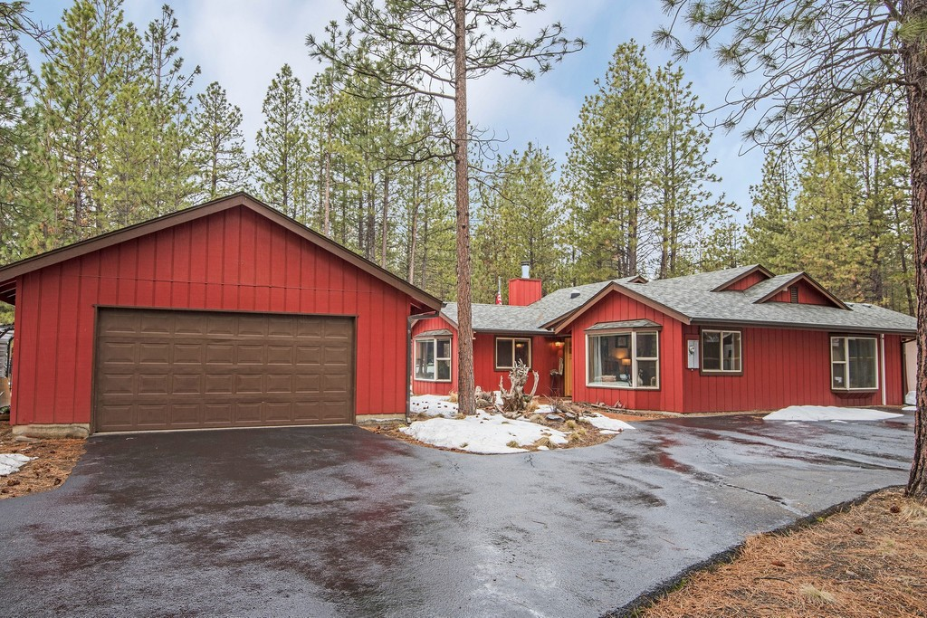 14468 Crossroads Loop | Sisters Oregon Single Family Home for sale Details