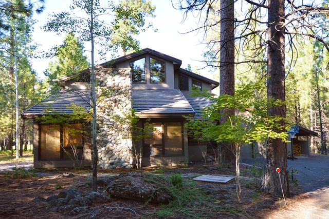 13452 Foin Follette GM 300 Sisters Oregon 97759 single family homes for Sale