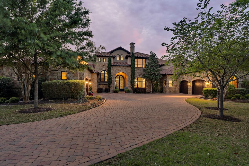 Single Family Home For At Timeless Luxury Estate 7915 Escala Drive Austin Texas 78735