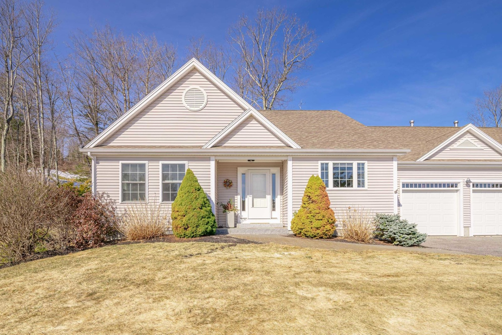 Condominiums for Sale at 30 Hazel Lane 3 North Yarmouth, Maine 04097 United States