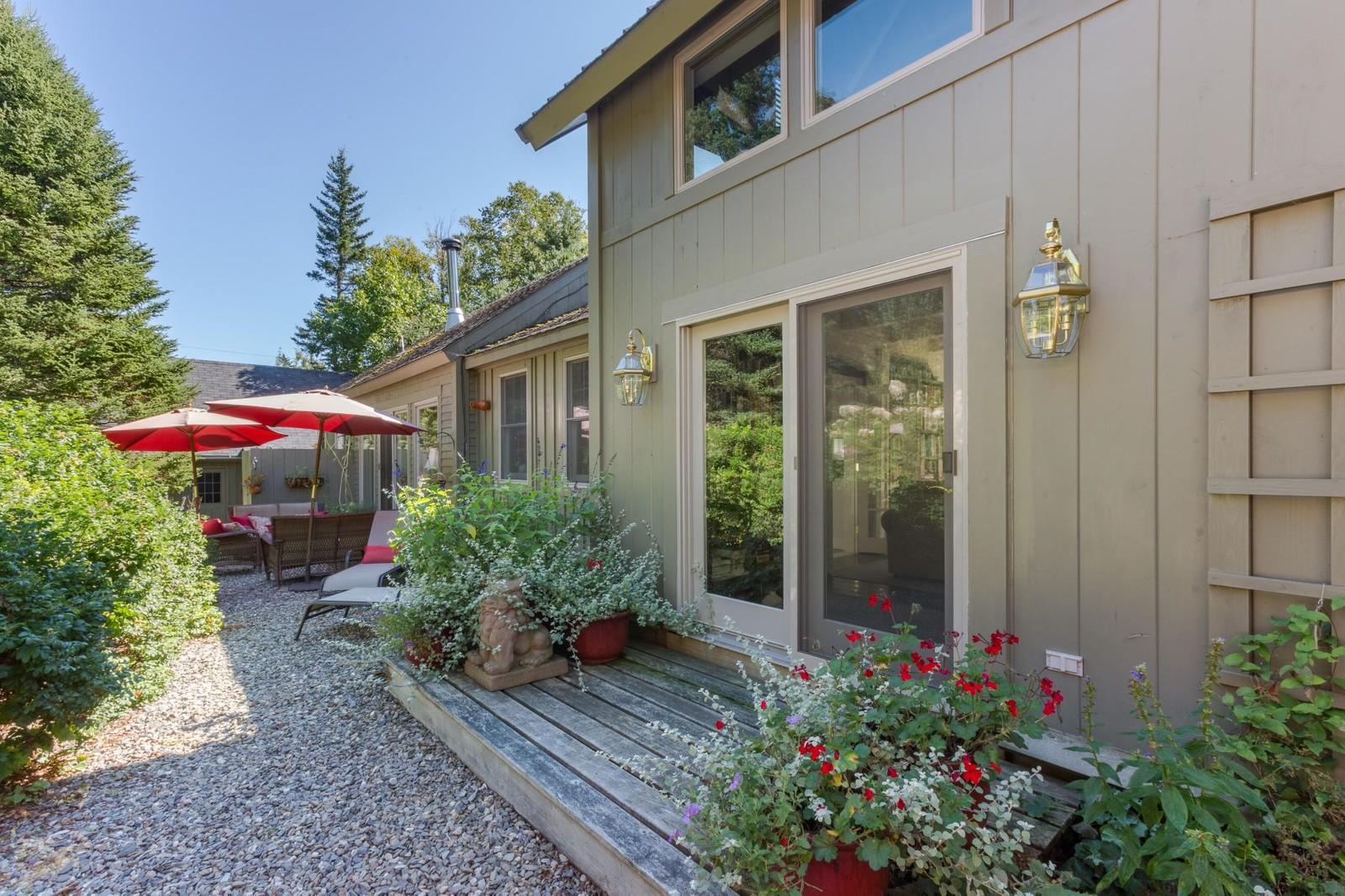 Single Family Homes for Sale at 147 Jenny's Lane Islesboro, Maine 04848 United States