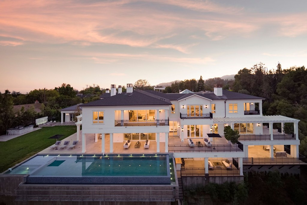 Homes For Sale: Los Angeles, California, United States