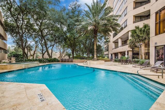 101 Westcott Street Unit 1806 Houston Texas 77007 Apartments For Sale