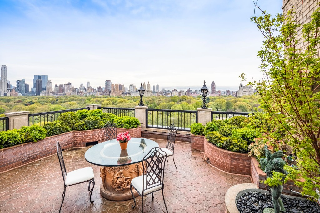 Homes For Sale: New York, New York, United States