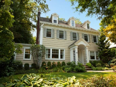 Maison unifamiliale for sales at Sensational and Totally Updated 58 Melrose Place Montclair, New Jersey 07042 États-Unis