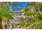 Einfamilienhaus for  sales at 2355 Evergreen  San Diego, Kalifornien 92106 Vereinigte Staaten
