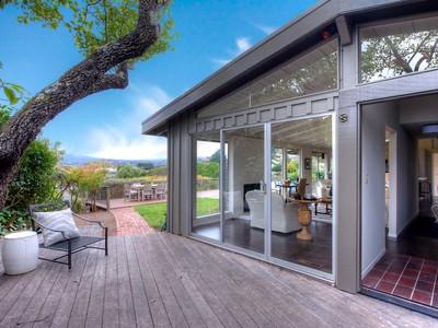 Tek Ailelik Ev for sales at Tiburon Rancher with Spectacular Bay Views! 694 Hilary Drive  Tiburon, Kaliforniya 94920 Amerika Birleşik Devletleri