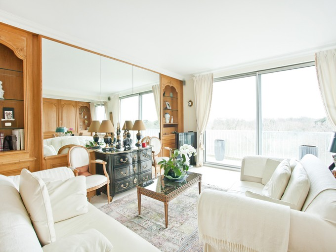 Apartment for sales at Apartment with sublime view on Bois de Boulogne  Neuilly, Ile-De-France 92200 France
