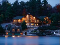 Casa Unifamiliar for sales at Magnificent Full Log Crafted Home 1086 3200 Road   Gravenhurst, Ontario P1P1J8 Canadá