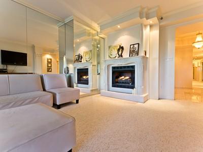 Condominium for sales at Montreal 2500 Av. Pierre-Dupuy, apt. 407 Montreal, Quebec H3C4L1 Canada