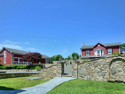 Villa for sales at Magnificently Restored Farm 109 Old Turnpike Road  Tewksbury Township, New Jersey 07830 Stati Uniti