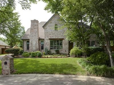 단독 가정 주택 for sales at 4220 Riverhollow Drive  Fort Worth, 텍사스 76116 미국